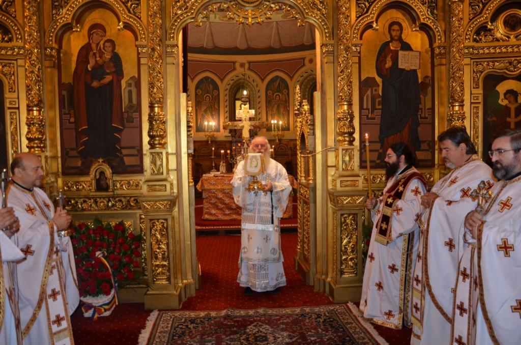 slujire_catedrala_1_1600x1060
