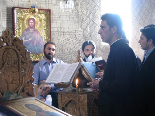 View The Slujirea arhiereasca la Mănăstirea Morisena Album